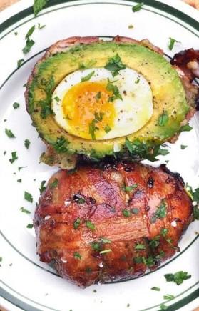 avocado-bacon-egg